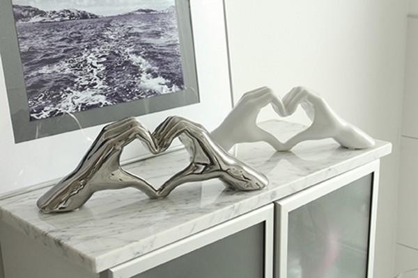 Gilde Figur - Keramik Hände in weiß -- Heart - Herz